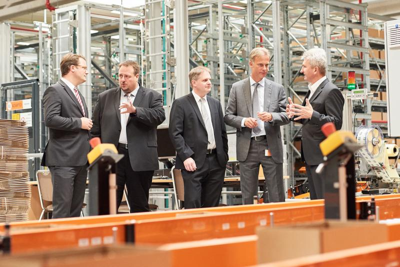 Minister of Economy Andreas Pinkwart visits ifm