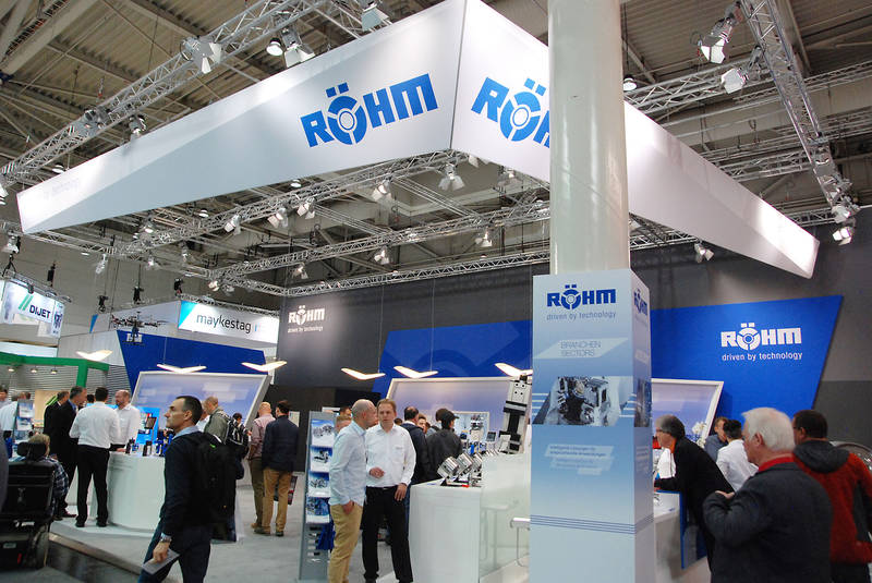Around 250 square metres completely packed with high-tech clamping and gripping technology solutions – the RÖHM stand at the EMO trade fair in Hanover.