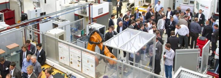 """""""Zerspanen mit Industrierobotern"""" - Austausch zwischen Forschung und Industrie"""