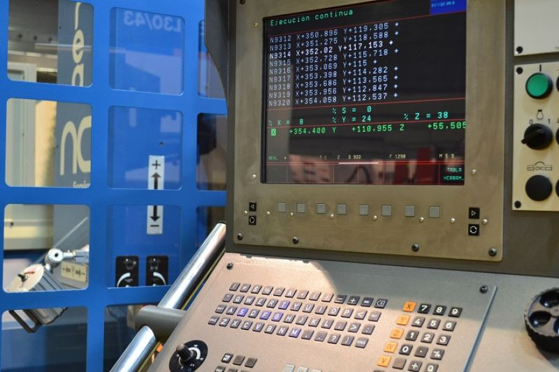 Heidenhain TNC - 426 en CORREA EURO 2000