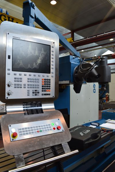 Heidenhain TNC - 320 Fräsmaschine CORREA A10