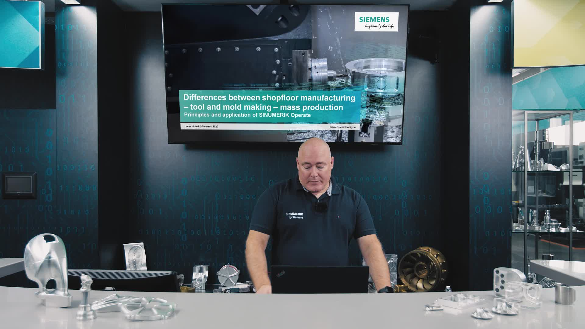 SINUMERIK live #12: Differences between shopfloor manufacturing, tool and mold making, mass production